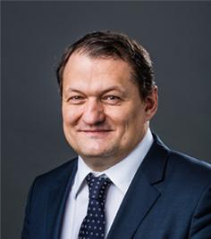 Robert Holzer